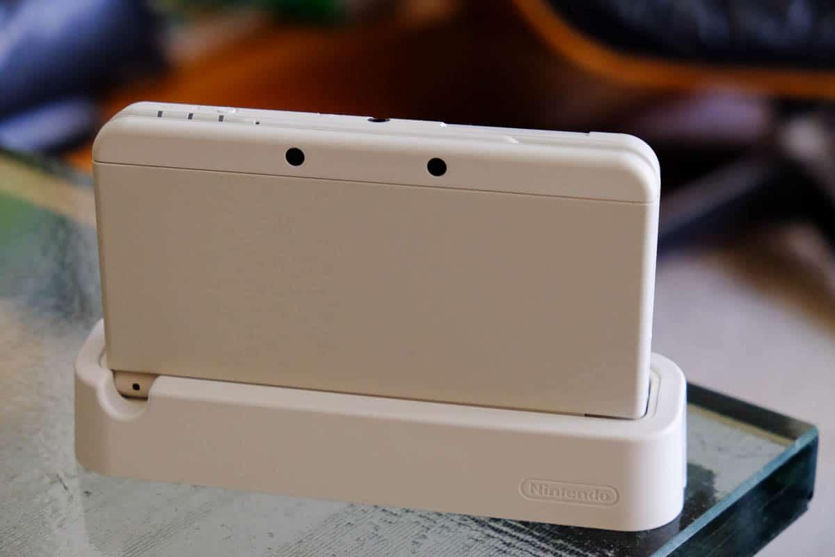japanese new 3DS white-8